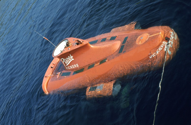 Pisces manned submersible